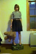 black isaac mizrahi skirt - beige Ralph Lauren belt - black shoes - blue Ralph L
