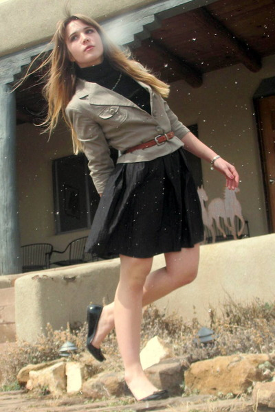 beige merona blazer - brown thrifted belt - black isaac mizrahi skirt - black Mo