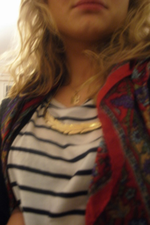 vintage scarf - necklace - hurwundeki jacket
