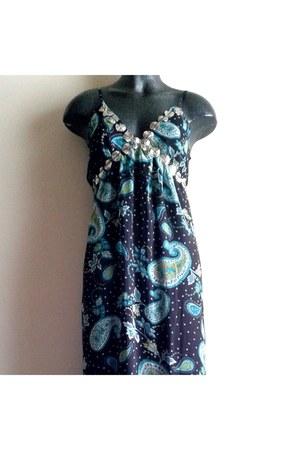 black Jasmine dress