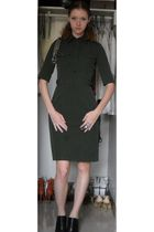 green calvin klein dress - black Nine West shoes - silver necklace