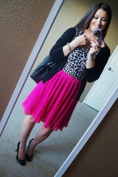 old navy skirt - chanel bag - forever 21 blouse