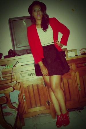 black Zara hat - red blazer - black skirt - red heels