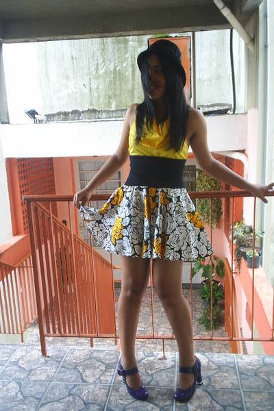 Vitoria Regia blouse - vintage skirt - Renner shoes - vintage hat
