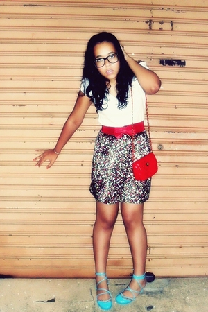 black Ray Ban glasses - white Renner blouse - blue Melissa shoes - red c&a acces