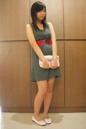 Glitters dress - belt - Glitters purse - shoes