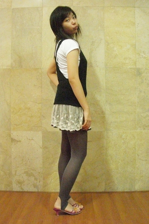 Body & Soul - shirt - skirt - Gaudi tights - Charles & Keith shoes