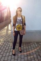 gold Zara blazer - mustard animal print Zara blazer - pull&bear jeans