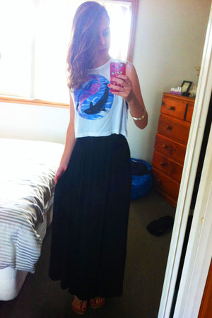 black Forever 21 skirt - white MinkPink top