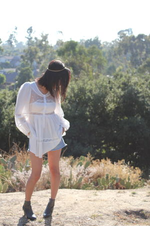 white black blouse - blue Agaci shorts - gray vintage boots - gold vintage acces
