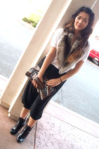 Forever 21 pants - Fur collar- Vintage accessories