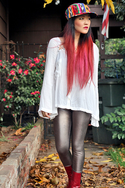Forever 21 leggings - vintage boots - vintage hat - free people shirt