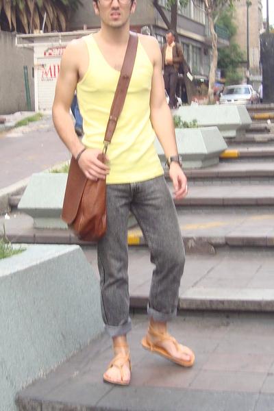 American Apparel t-shirt - Levis jeans - shoes - accessories