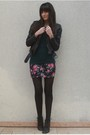 Green-f21-t-shirt-black-uo-skirt-black-zara-jacket-black-vintage-boots