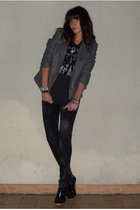 UO t-shirt - Zara jeans - Bershka jacket - Zara shoes
