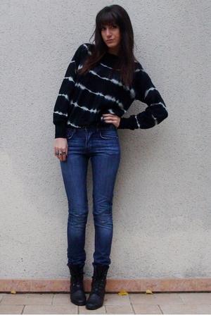April77 jeans - Zara sweater - vintage shoes