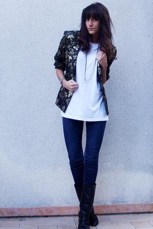 vintage jacket - t-shirt - H&M jeans - vintage boots