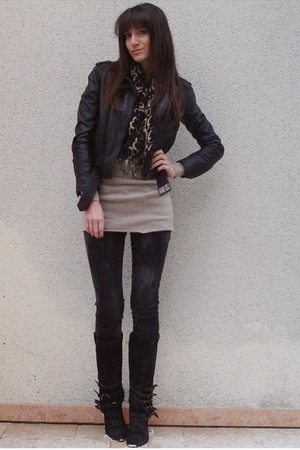 beige Maje dress - gray Zara jeans - black Zara jacket - gray Zara boots