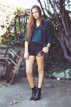 black ripped shorts shorts - black leather boots vintage boots