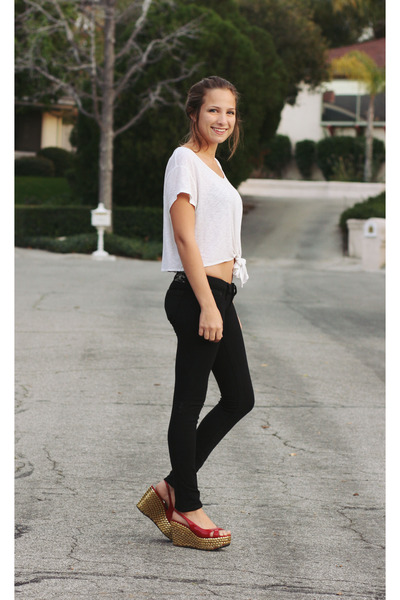 red studded diy wedges - white tie up LF stores top - black jegging True Religio