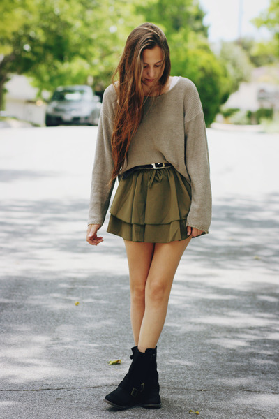 tan knit thrifted sweater - olive green romwe skirt