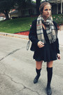 Black-thrifted-vintage-skirt-black-top-black-boots-black-thrifted-vintage-