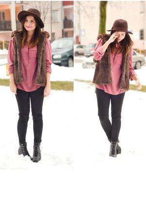 pink Bershka blouse - brown Bershka hat - brown faux fur pull&bear vest