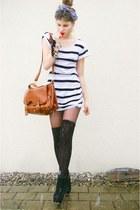 b8b550892bb5 satchel bag - striped shirt - overknee socks