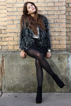 heather gray faux fur jacket - black skirt