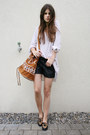 Leo-loafers-aztec-bag-black-leather-shorts