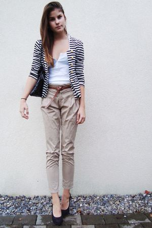 striped blazer - black shoes - white shirt - black bag - beige pants