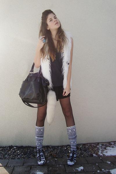 bag - vest - shirt - skirt