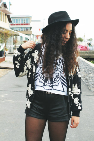 black flowered jacket BangGood jacket - black sammydress shorts