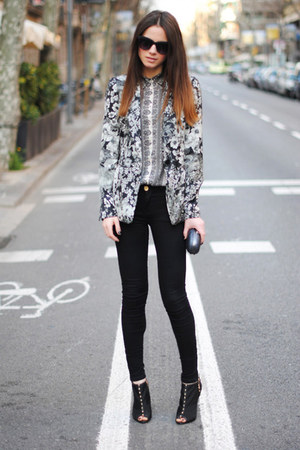 flower detail Zara jacket - Bershka heels