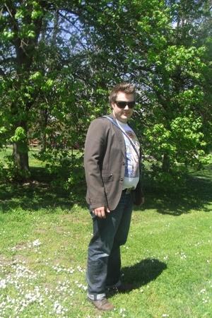 Scotch jacket - D&G jeans - Zara shirt - Police sunglasses - REPLAY shoes