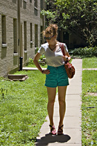 Bitten by Sarah Jessica Parker shirt - Vintage shorts
