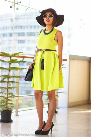 Sheinsidecom dress - Oasapcom hat