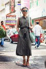 Max-fashions-dress-giant-vintage-sunglasses