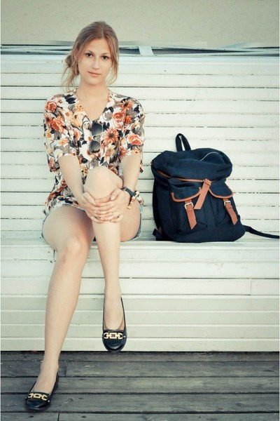 white floral SH blouse - navy backpack H&M bag - light blue vintage Rokit shorts