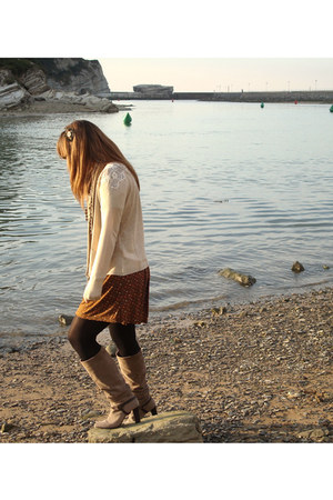 Sacoor boots - pull&bear dress - Zara cardigan