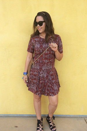 maroon drop waist Forever 21 dress - camel fringe H&M bag