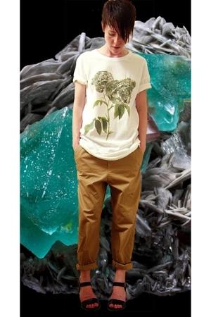 Wood Wood t-shirt - Wood Wood pants - ASH shoes