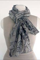 gray Crochet Avantgardist scarf
