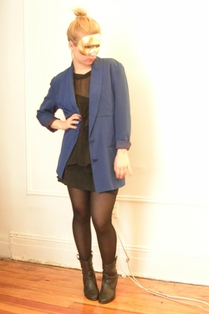 vintage blazer - Zara shirt - Ebay shoes