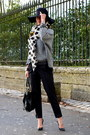 Black-uterque-hat-heather-gray-suncoo-sweater-off-white-zara-scarf