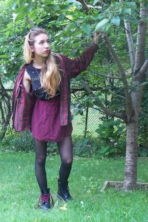 Forever 21 top - Dr Martens boots - brandy melville skirt