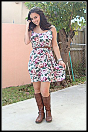 flower print cotton on dress - brown riding boots - brown decree belt