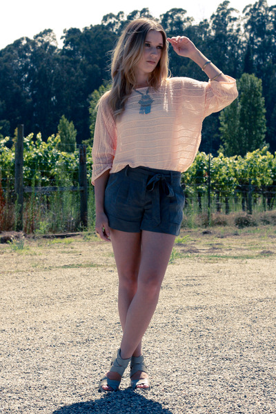 pink H&M shirt - green Forever 21 shorts - gray Dolce Vita shoes - silver vintag