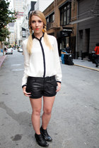 black leather shorts Bird shorts - black Jeffrey Campbell boots