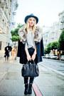 Black-lucky-brand-boots-black-fur-trim-vintage-coat-navy-bdg-jeans